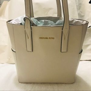 Michael kors Julie  bags color vanilla